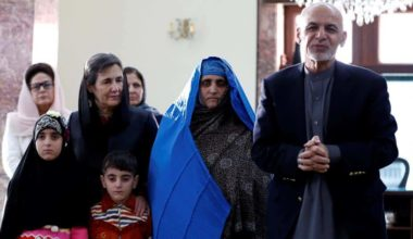 """Kabul Welcomes Back National Geographic's Green-Eyed """"Afghan Girl"""""""
