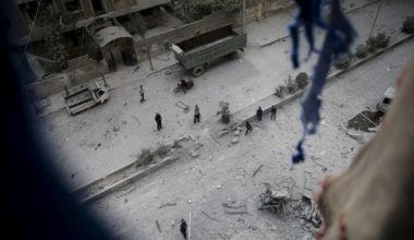 Syrian Rebels Re-enter From Turkey
