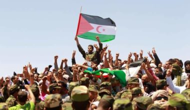 Sahrawis, Officials Pay Tribute