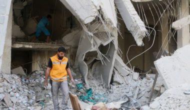 Aleppo Bombed as Syrian Army