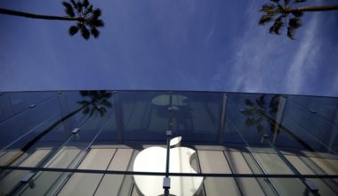 Apple Fixes Security Flaw