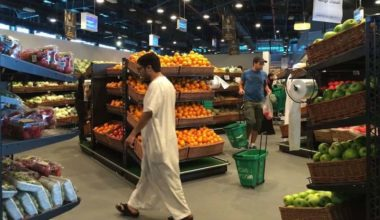 Iran Sends Planes of Food