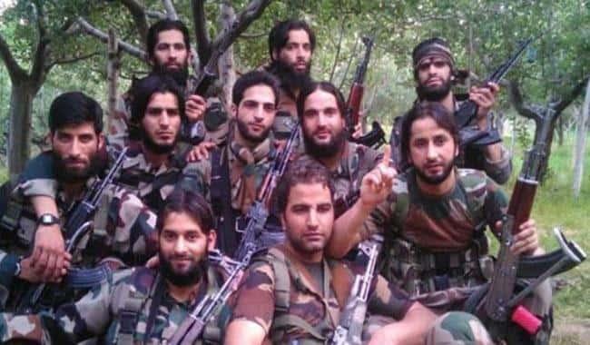 Kashmir Militants Wage Selfie War