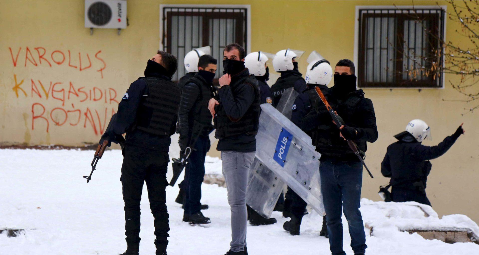 Turkish Forces Kill 32 Kurdish Militants