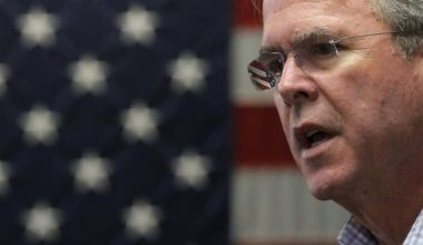 Jeb Bush Calls for Helping Syria's Christian Refugees