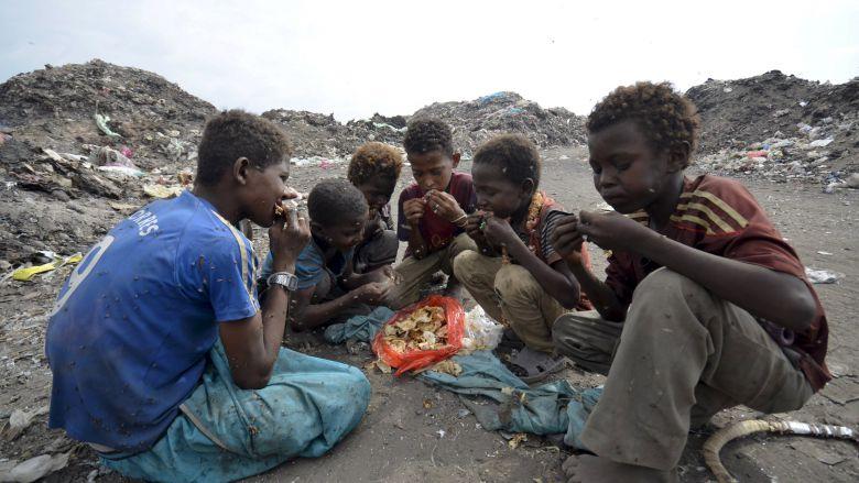 Yemen War Generates Widespread Suffering But Few Refugees