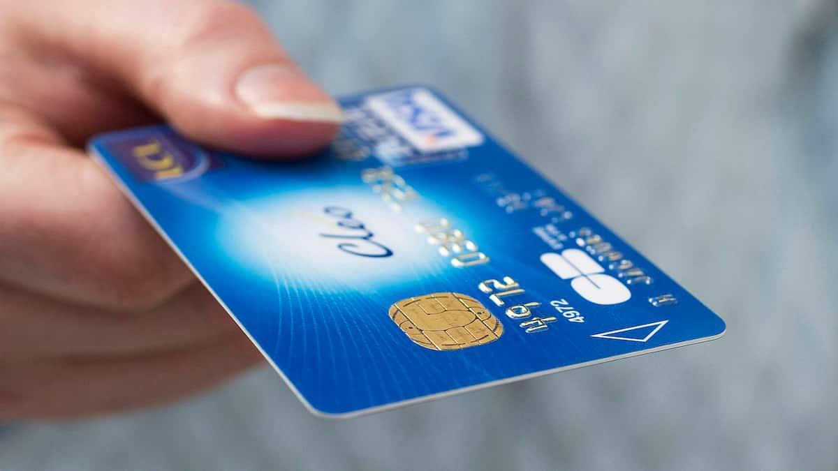 Direct deposit to credit or debit cards