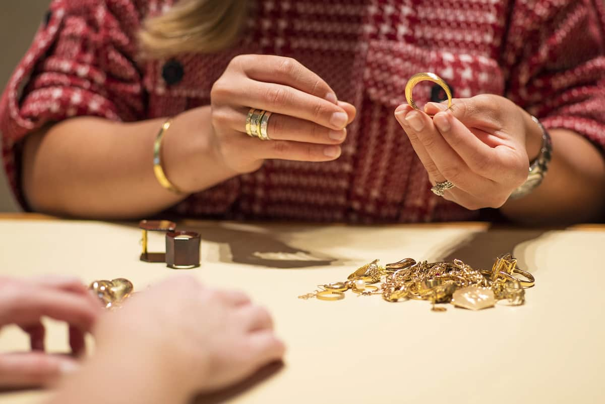 Jewelry Marketing Tips You Need to Know