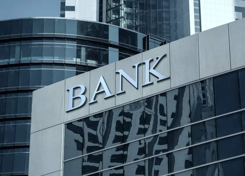 The Types of Banks